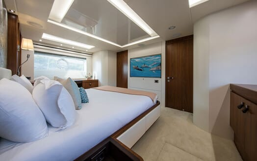 Motor Yacht RUSH X Double Stateroom