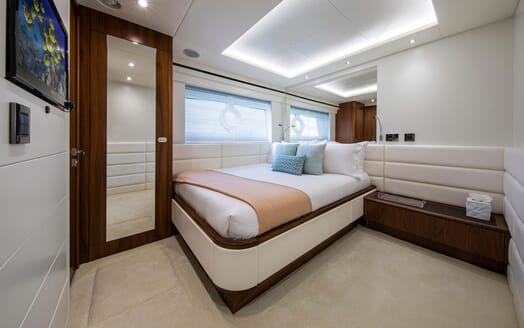 Motor Yacht RUSH X Double Guest Stateroom