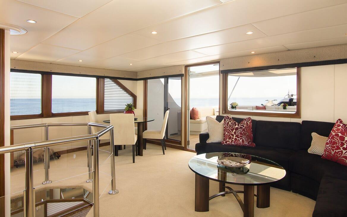Motor Yacht SERENITY 122 Sky Lounge