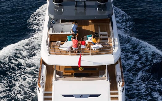 Motor Yacht MOANNA II Aft Decks