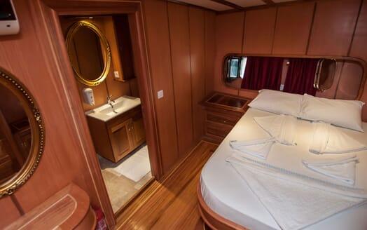 Sailing Yacht TERSANE Master Stateroom