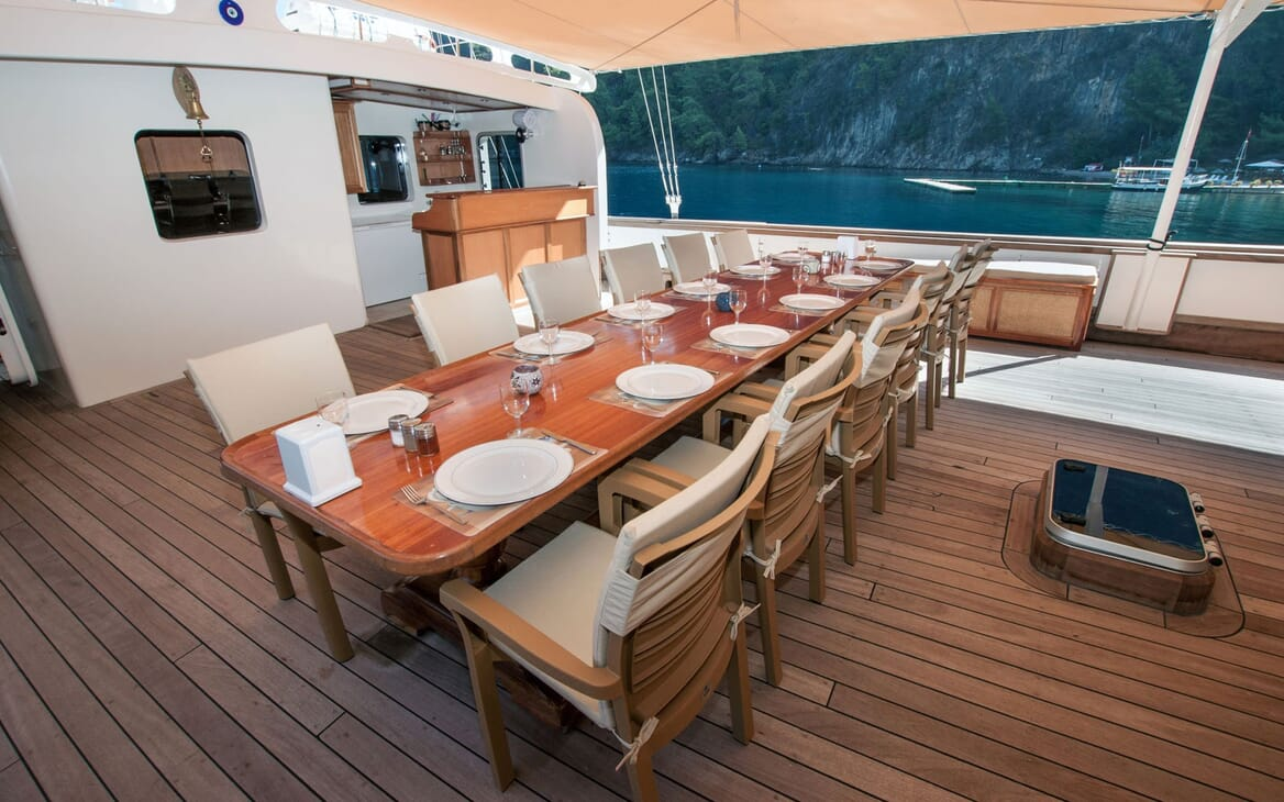 Sailing Yacht TERSANE Deck Dining Table
