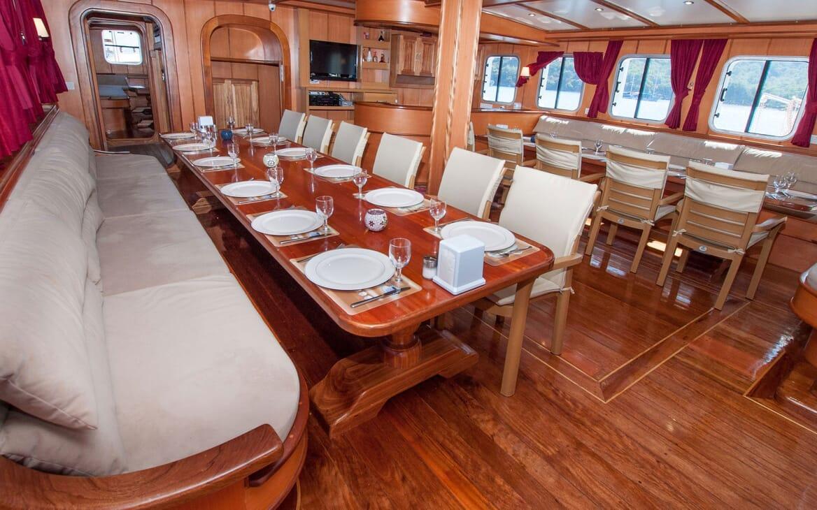 Sailing Yacht TERSANE Interior Dining Tables
