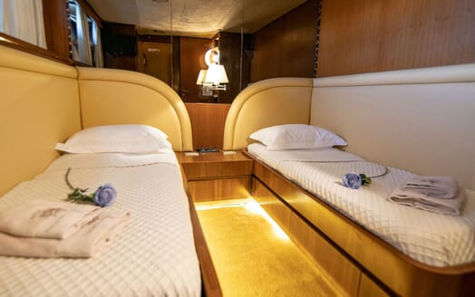 Motor Yacht SHIVA Twin Guest Stateroom