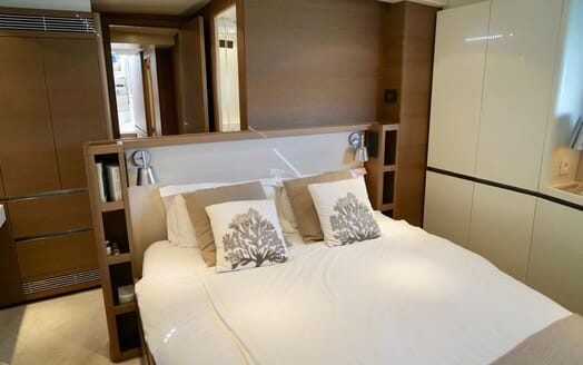 Sailing Yacht ALAMEA Master Stateroom