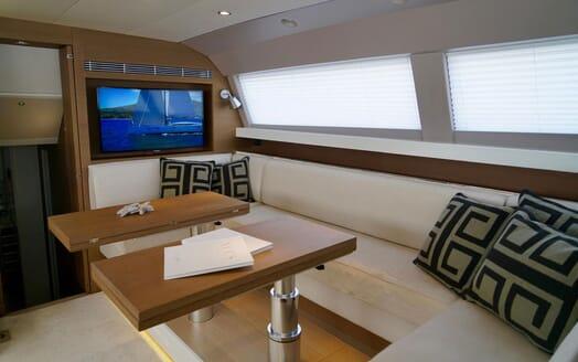 Sailing Yacht ALAMEA Interior Dining Table