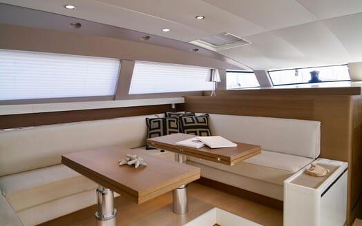 Sailing Yacht ALAMEA Dining Table