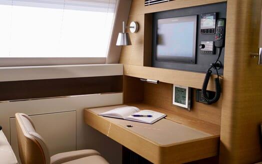 Sailing Yacht ALAMEA Navigation Desk