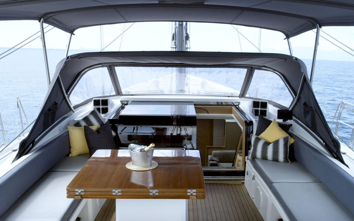 Sailing Yacht CHAMPAGNE HIPPY Deck Table with Champagne