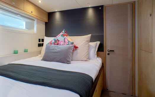 Sailing Yacht CHAMPAGNE HIPPY Second Guest Double Stateroom