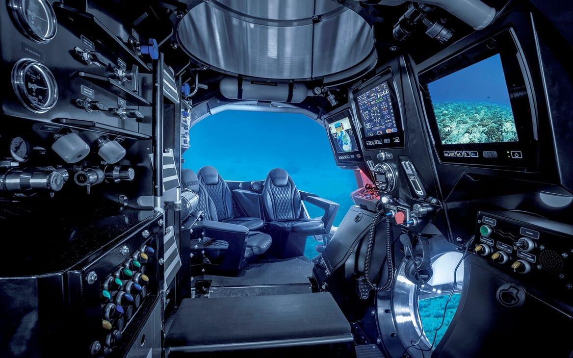 Motor Yacht SCENIC ECLIPSE Interior Submarine
