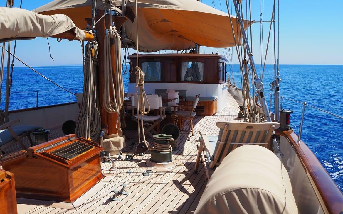 Sailing Yacht IDUNA Deck 2
