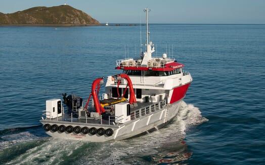 Motor Yacht PROFAB 34m MONO Side on