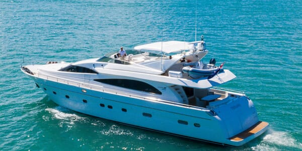 Motor Yacht TIFFANY Profile
