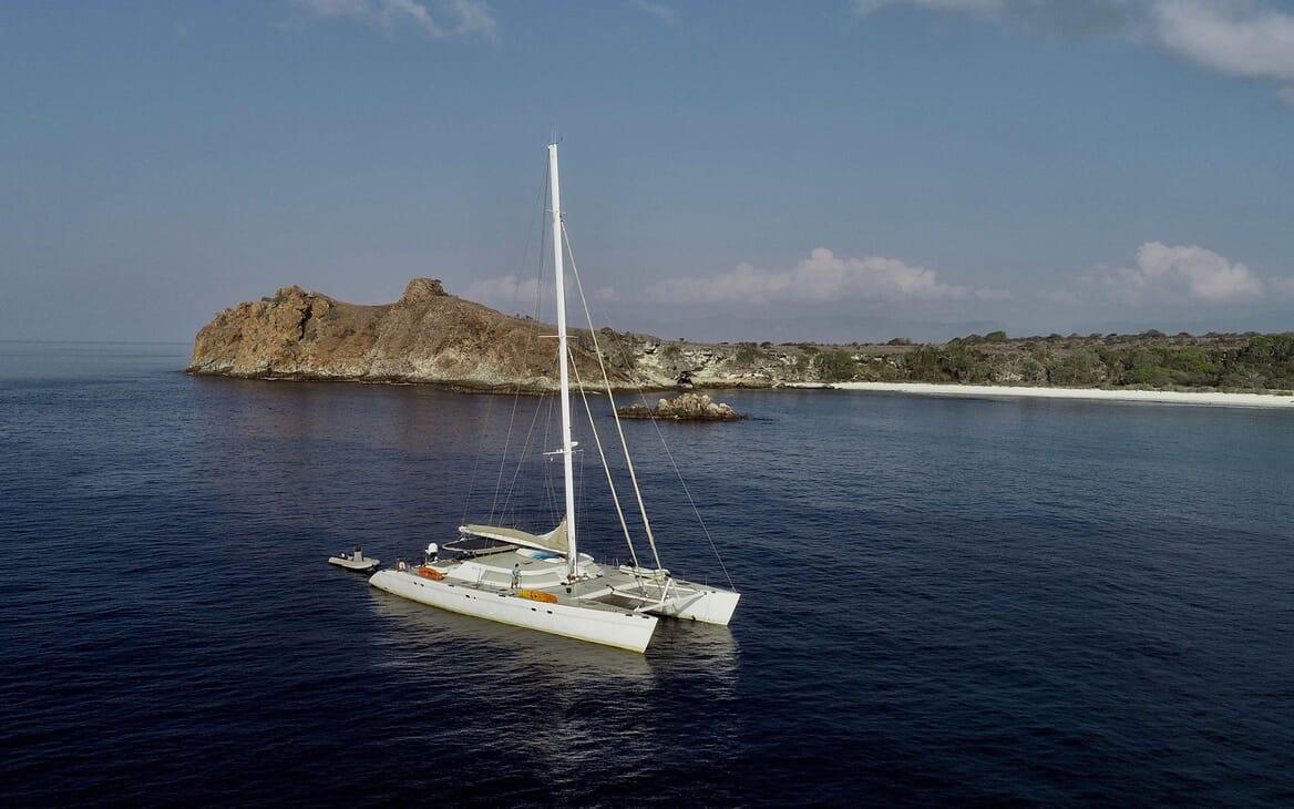 Sailing Yacht LONE STAR Profile