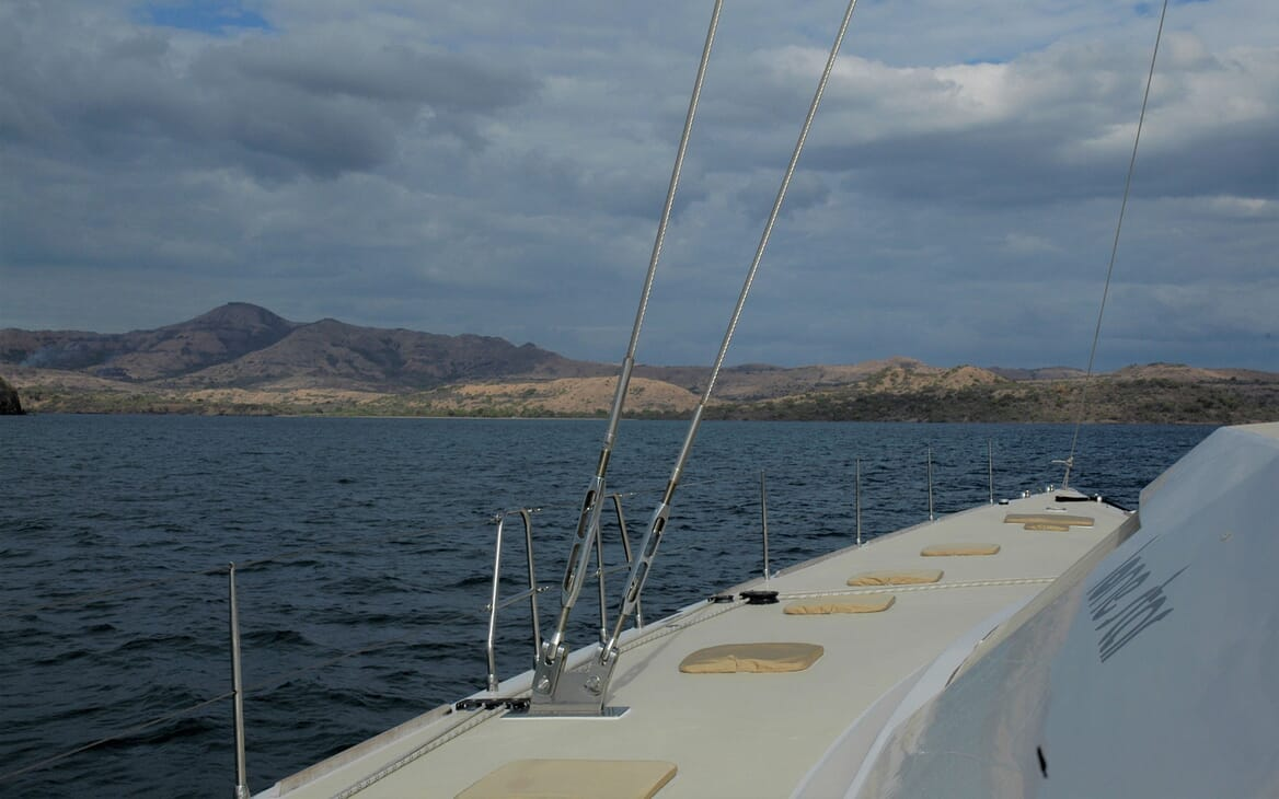 Sailing Yacht LONE STAR On Deck View