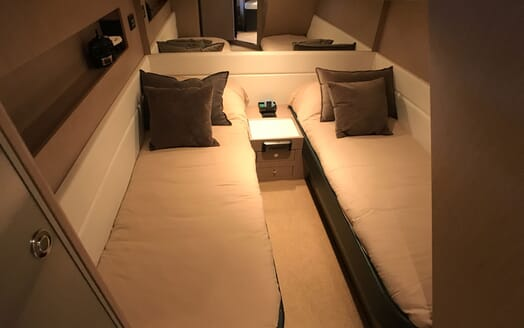 Motor Yacht CAVALLO 52 Twin Guest Stateroom 2