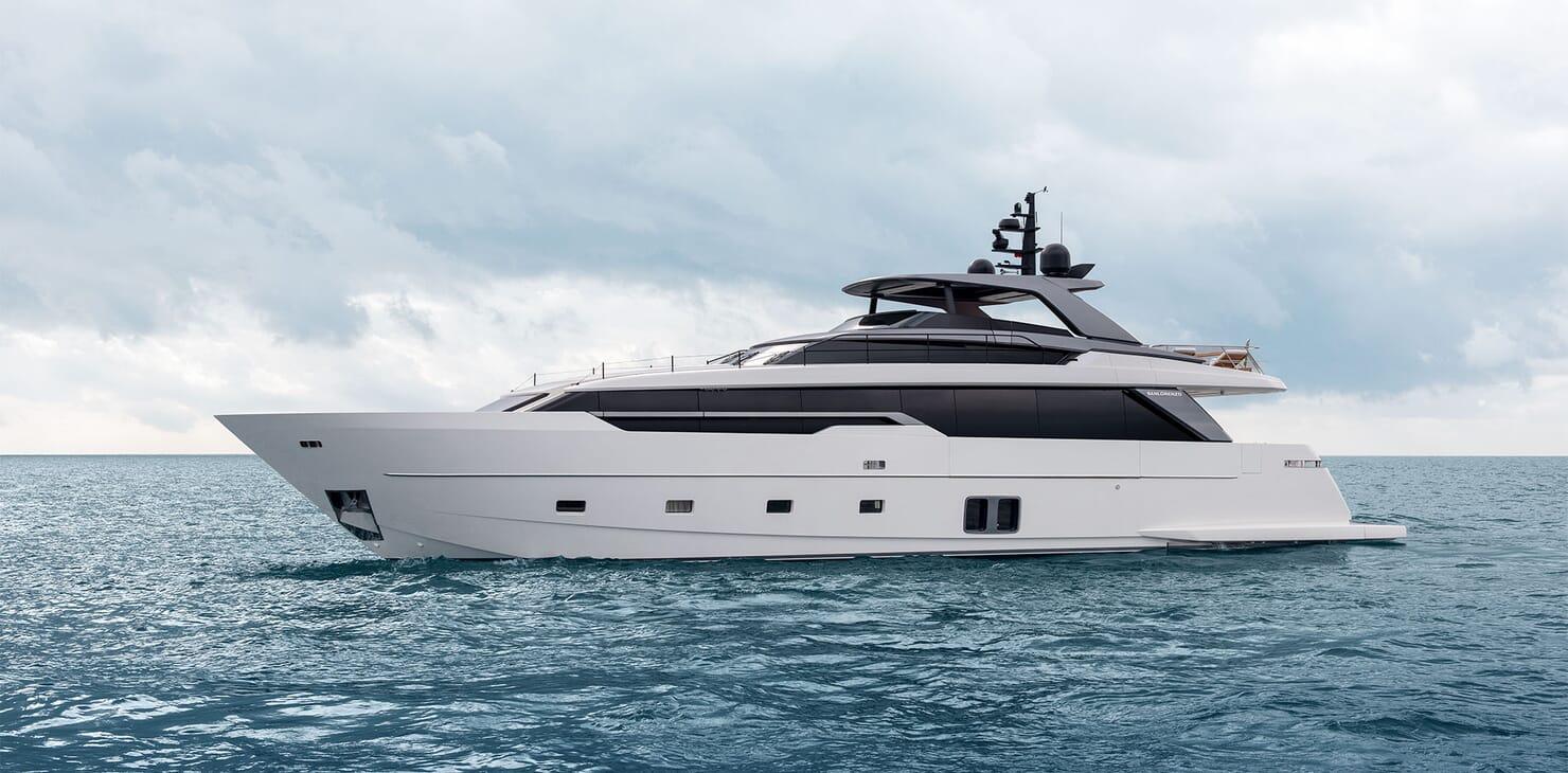 Motor Yacht REINE D AZUR Profile