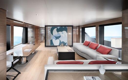 Motor Yacht REINE D AZUR Main Deck Saloon