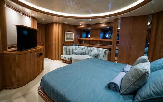 Sailing Yacht LA CATTIVA Master Stateroom Seating