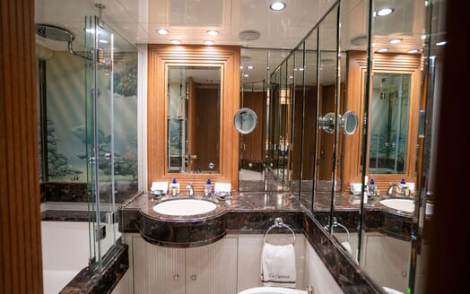Sailing Yacht LA CATTIVA Master Bathroom