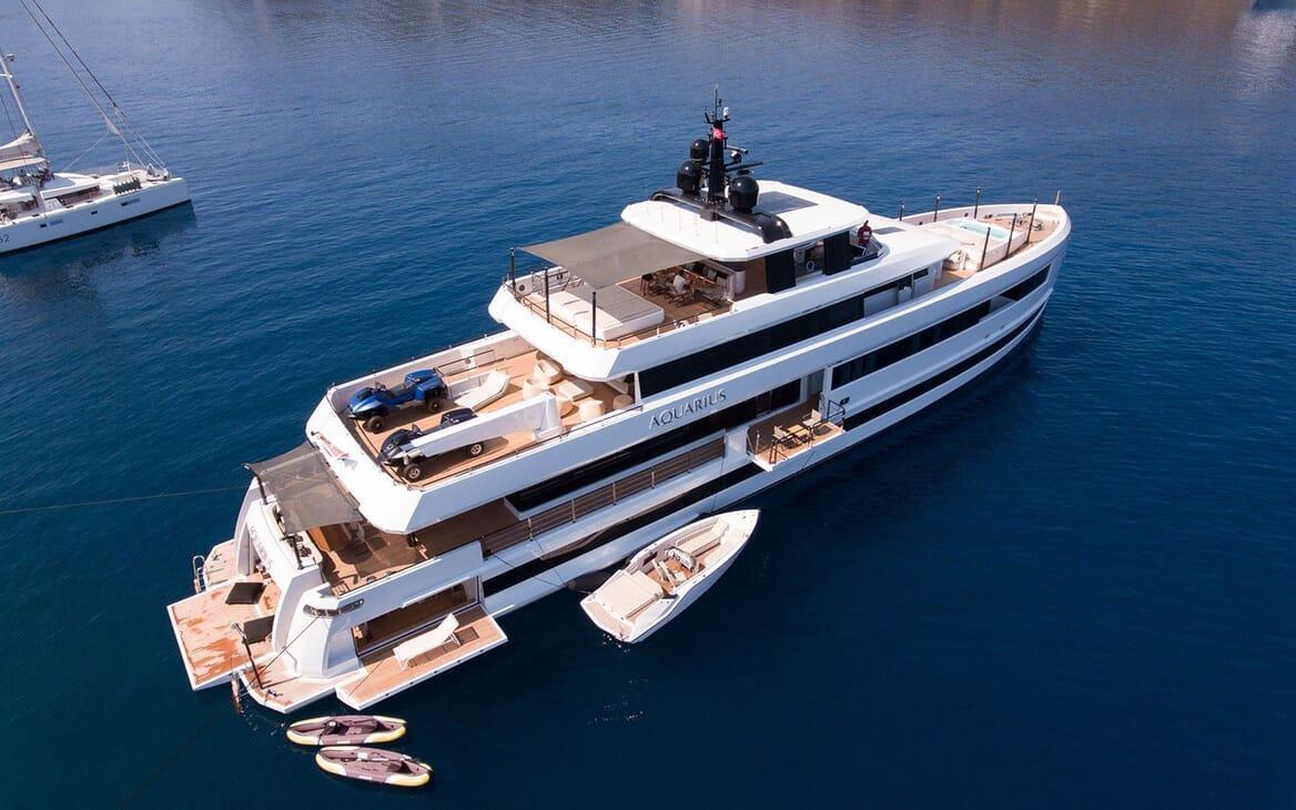 Motor Yacht AQUARIUS Exterior
