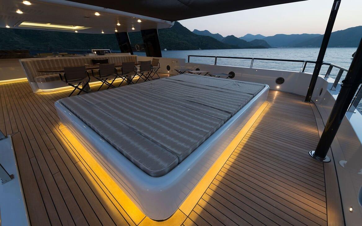 Motor Yacht AQUARIUS Sun Deck Sun Pad