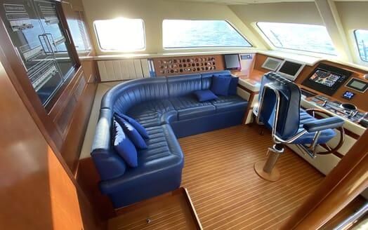 Motor Yacht TURK'S Wheelhouse