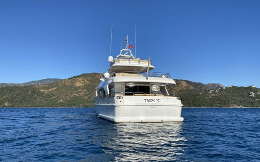 Motor Yacht TURK'S Exterior Aft