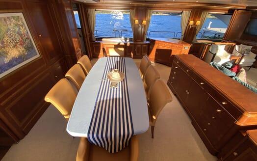 Motor Yacht TURK'S Dining Table