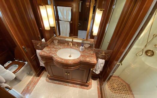 Motor Yacht TURK'S Bathroom