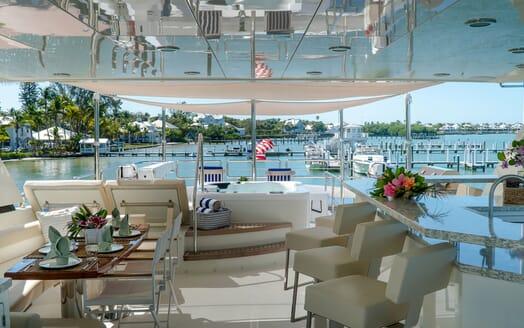 Motor Yacht ENTREPRENEUR 100 Sun Deck Jacuzzi and Jetskis