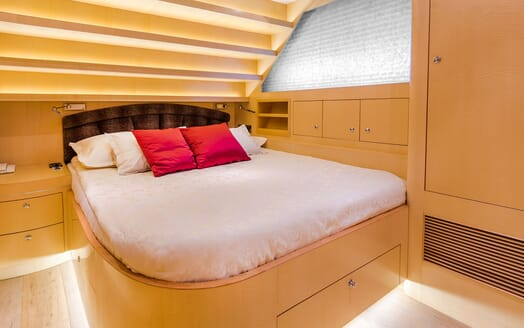 Motor Yacht CONTE ALBERTI Double Guest Stateroom