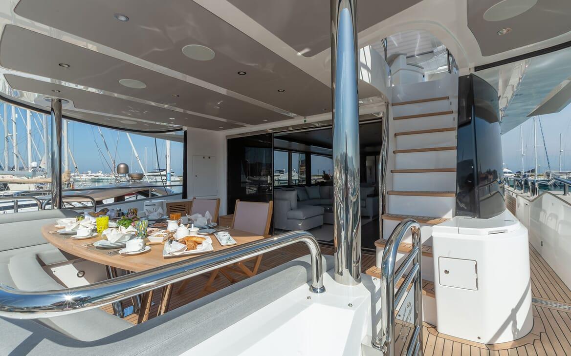 Motor Yacht MR. K IRISTON 95 Aft Deck Seating