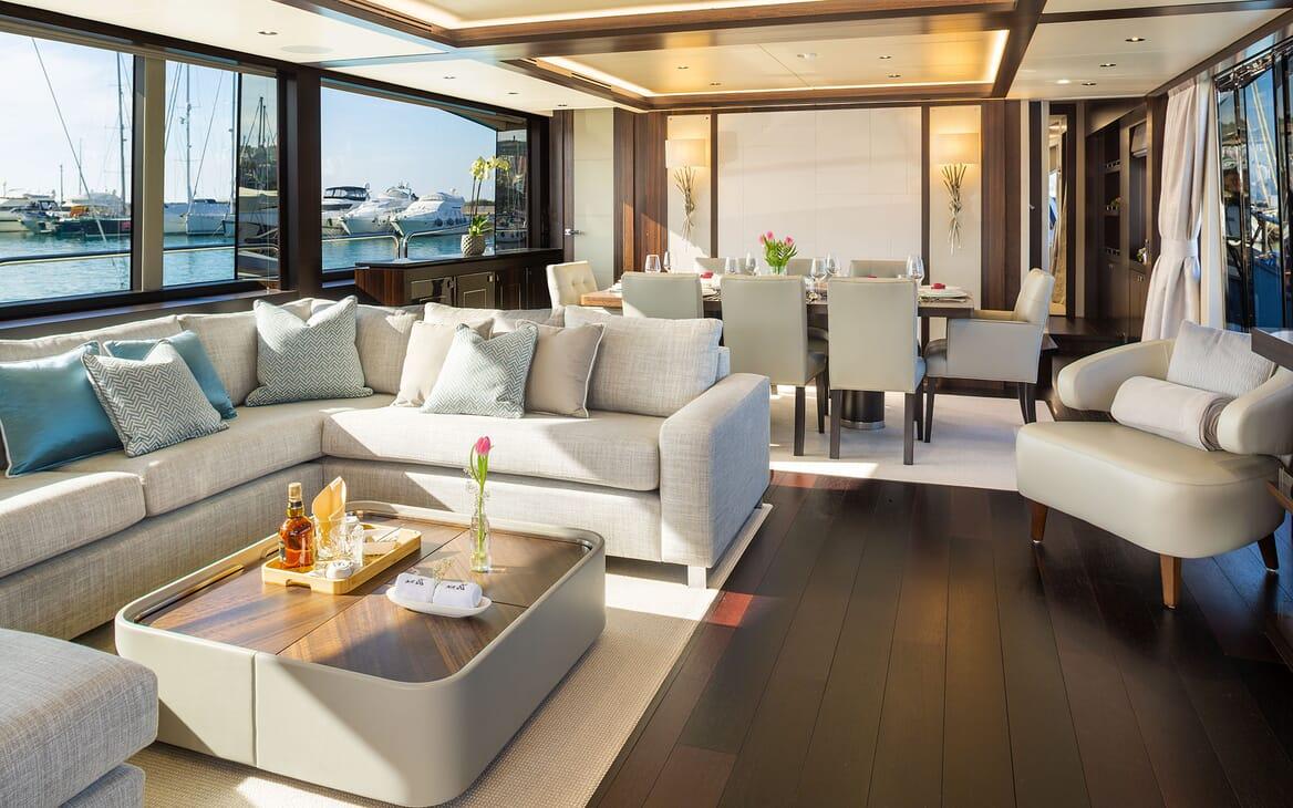 Motor Yacht MR. K IRISTON 95 Main Salon and Dining