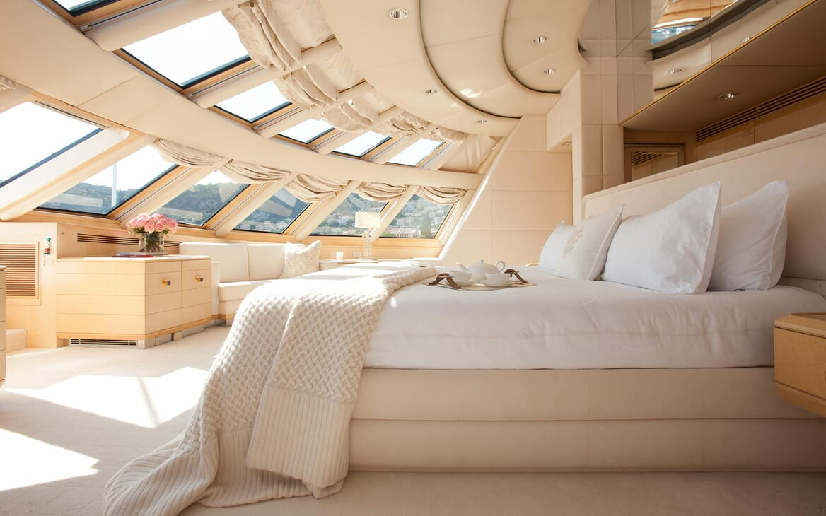 Motor Yacht Azzurra master stateroom