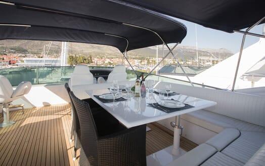 Motor Yacht LADY ADELHEID Sun Deck Dining Set Up