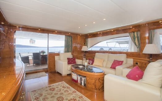 Motor Yacht LADY ADELHEID Main Deck Salon Seating