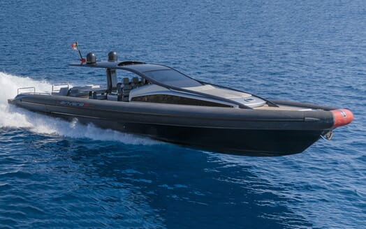 Motor Yacht SHADOW Underway