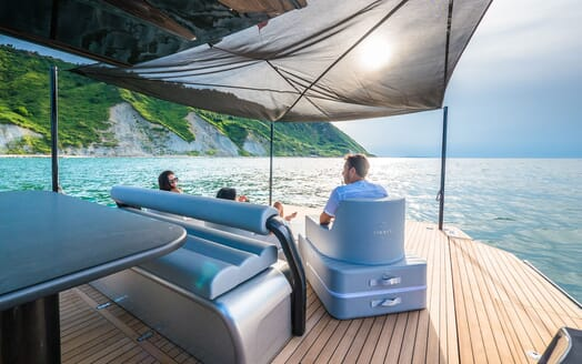 Motor Yacht SHADOW Aft Deck Seating