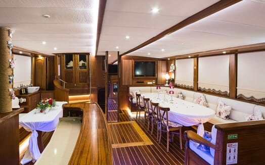 Sailing Yacht S NUR TAYLAN Main Deck Dining Table and Bar