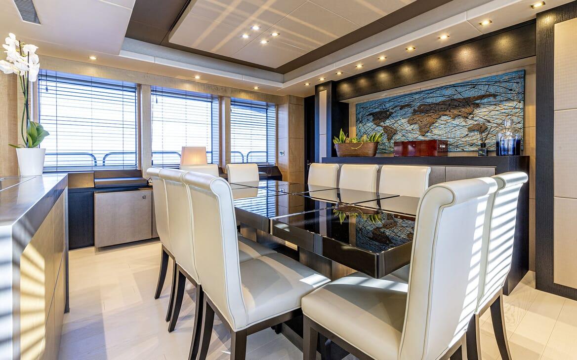 Motor Yacht RENEWAL 2 Master Stateroom