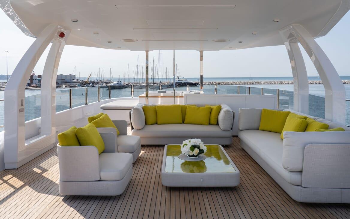 Motor Yacht ADELIA Jacuzzi