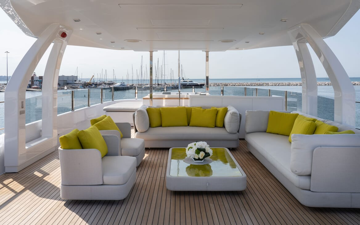Motor Yacht ADELIA Sun Deck Seating