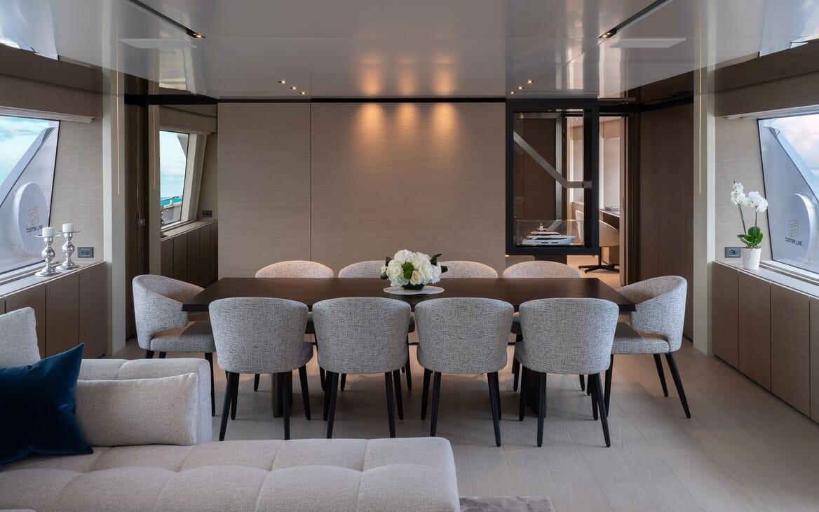 Motor Yacht ADELIA Dining Table
