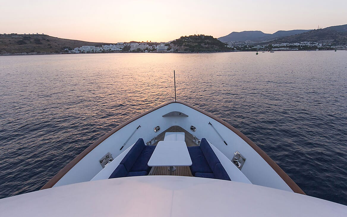 Motor Yacht TROY EXPLORER Bow View