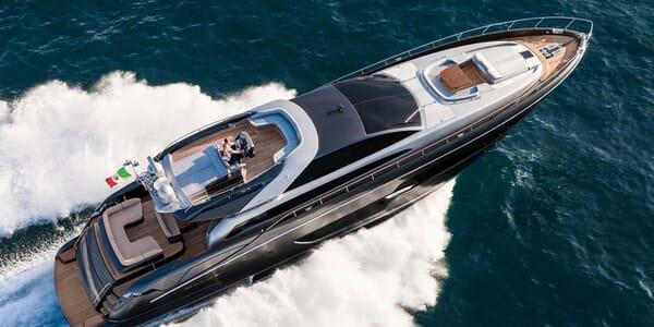 Motor Yacht DONNA SANTA Underway