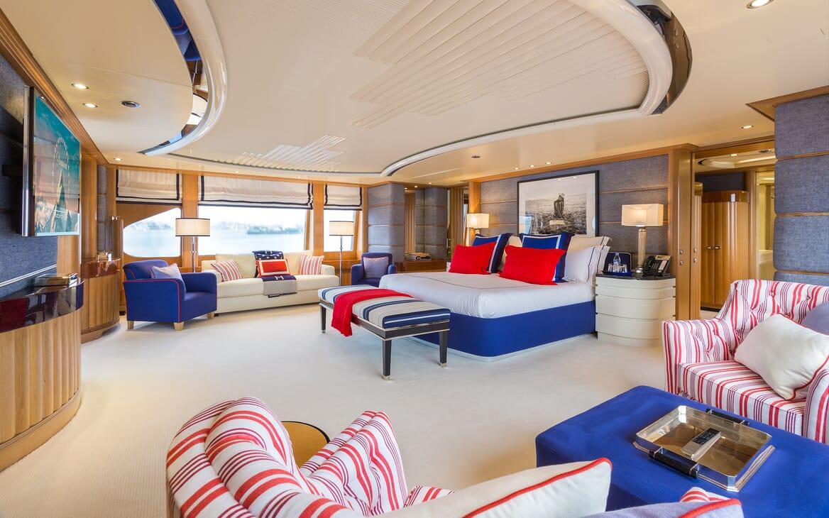 Motor Yacht Air master cabin