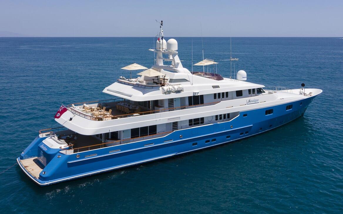 Motor Yacht MOSAIQUE Profile