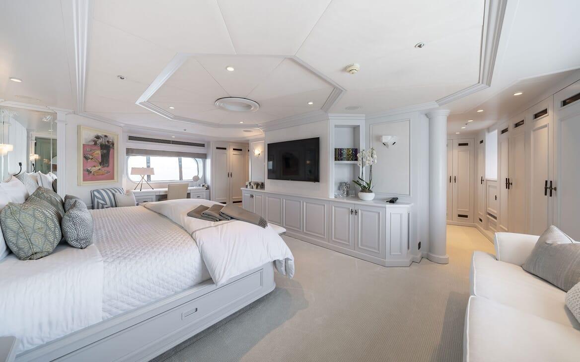Motor Yacht MOSAIQUE Master Stateroom